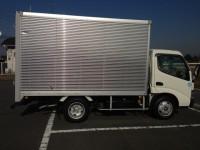 2トントラック箱車(アルミバン)
