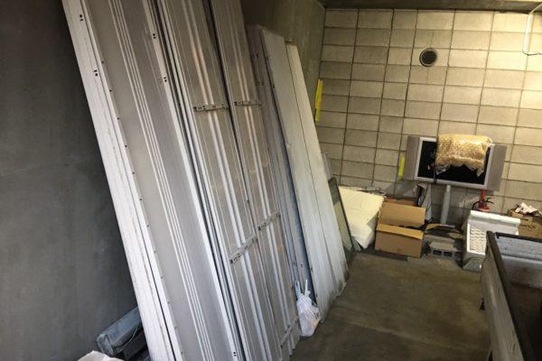 新宿区で解体済みの物置の回収とキッチン用品の無料回収